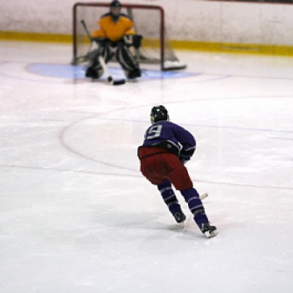 Despite Risks, Hockey is Extremely Popular